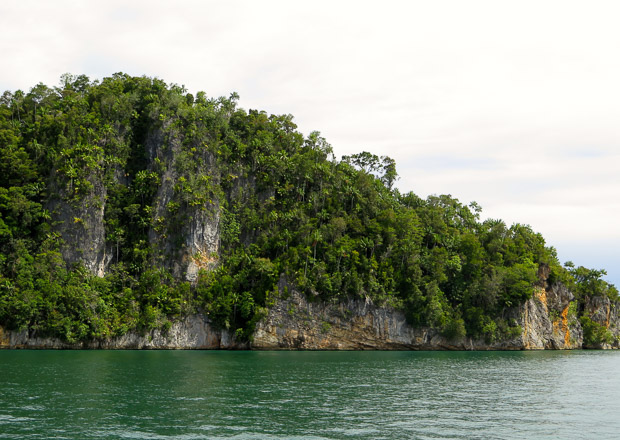 Triton Bay topside scenery